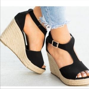 Shoes - NOW AVAILABLE ⭐️ Spring Espadrille Wedge
